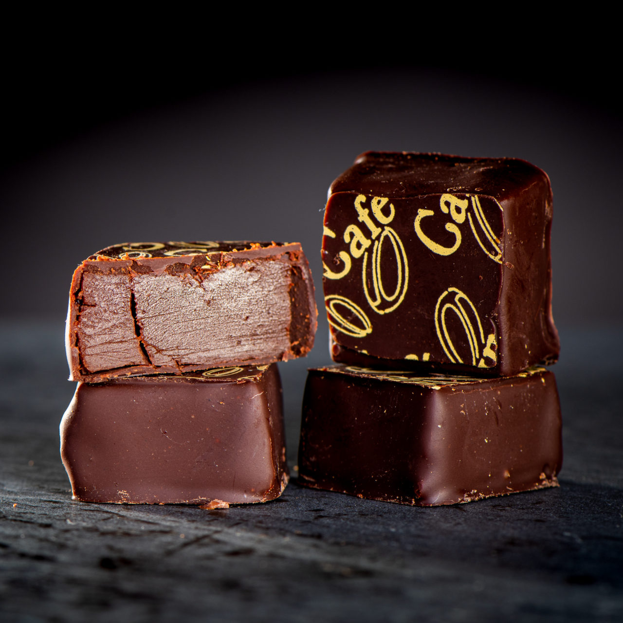 chocolat noir avec ganache crème à la cannelle